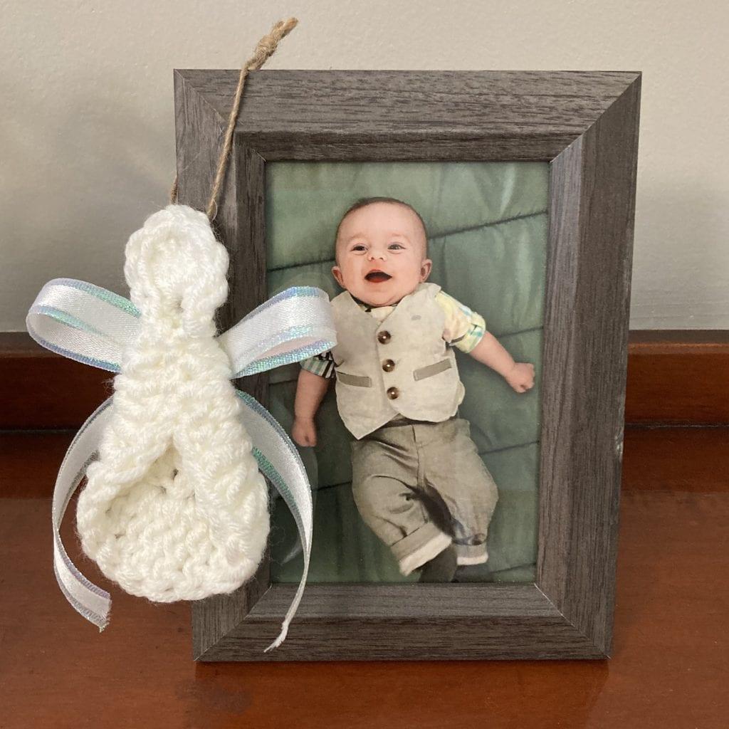 easy crochet angel keepsake ornament